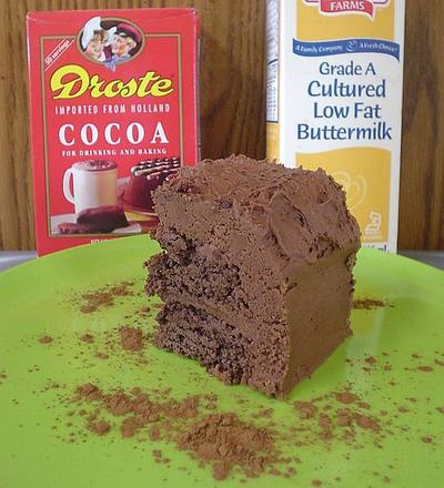 Cocoa_buttermilk_cake