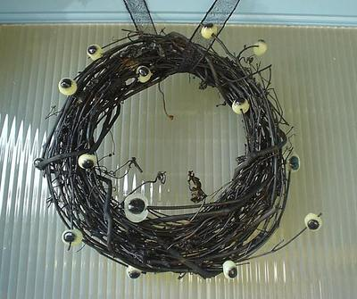 Eyeball_wreath