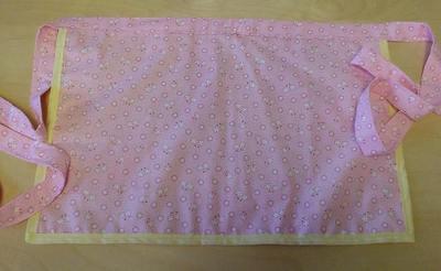 Pink_lemonade_apron_back